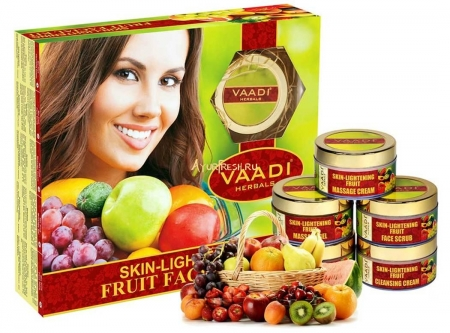 Набор Фрукты 270 г, Vaadi Skin-Lightening Fruit Facial Kit